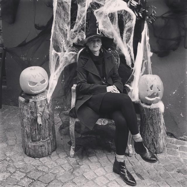 """Luino, grandissimo successo per """"Halloween in Cavallotti"""". Centinaia i bambini presenti che hanno invaso il Centro Storico"""