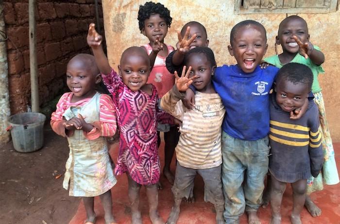 """Venerdì a Maccagno un concerto in beneficenza per i bambini del villaggio di """"Nzong"""""""