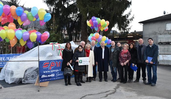 Brissago Valtravaglia, la ditta SPM dona un'auto alla Psichiatria del Verbano