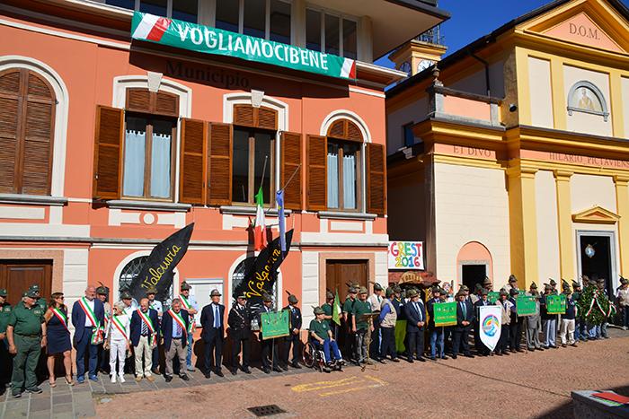 Tra Bedero Valcuvia e Masciamo Primo tre giorni con gli Alpini. Ecco le foto