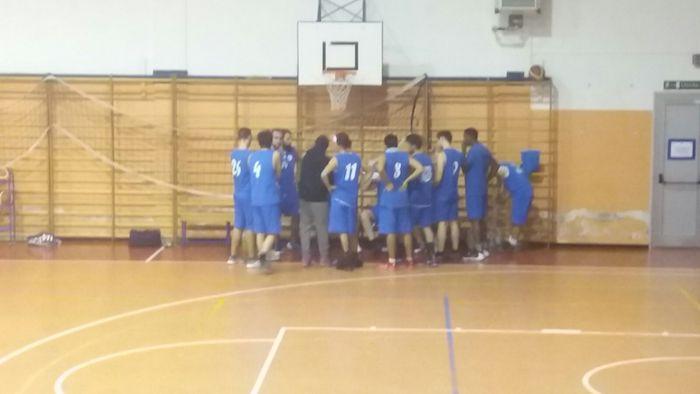 Basket Verbano, arriva la quinta vittoria. Ora scontro al vertice con Bobbiate