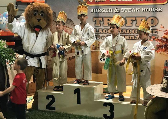 """All'VIII """"Trofeo Lago Maggiore"""" tanti podi per la Judo Samurai Porto Valtravaglia"""