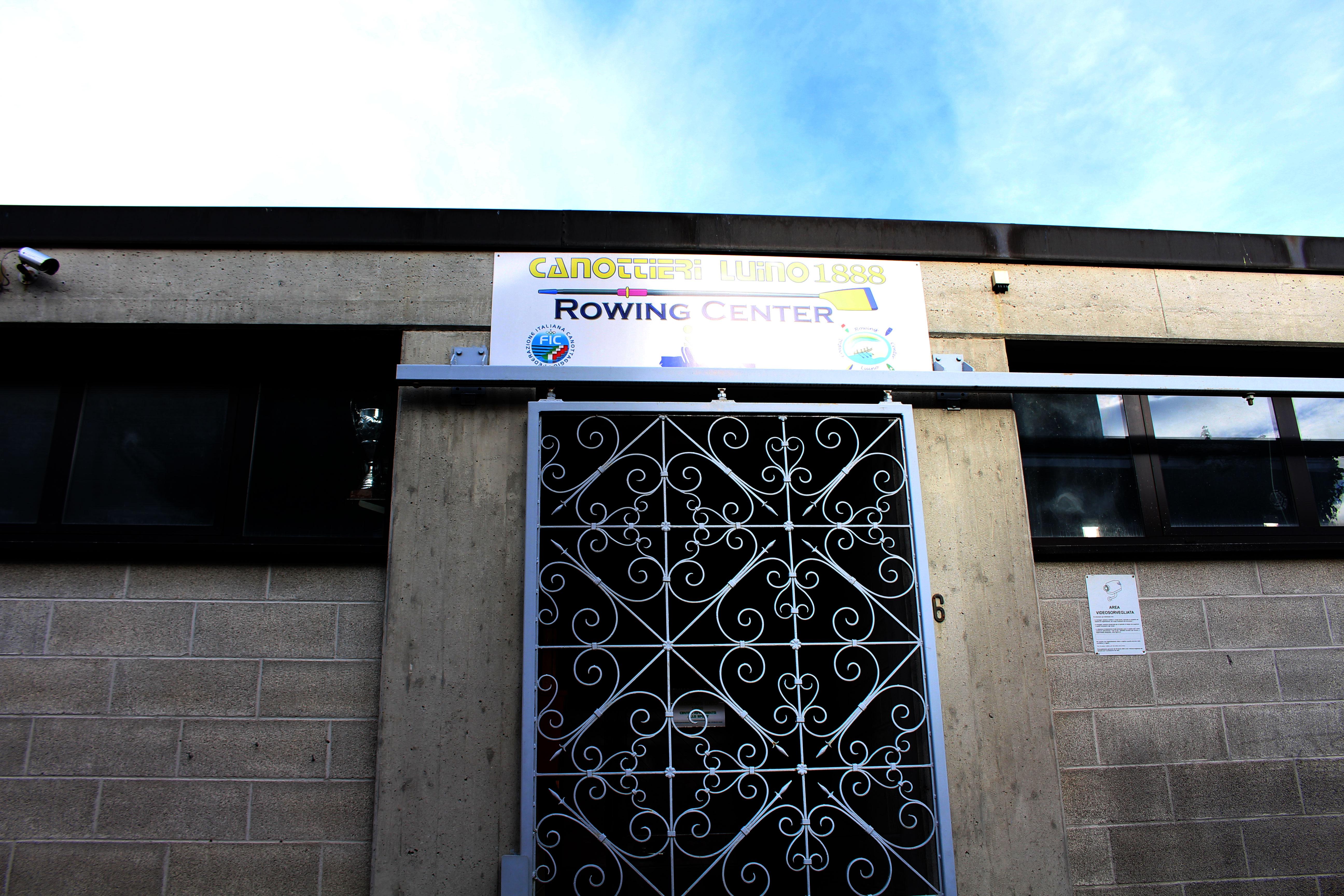 L'entrata della sede della Canottieri Luino