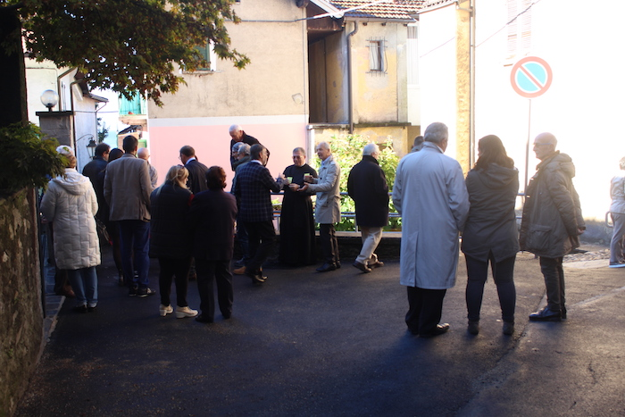 Colmegna torna a brillare, inaugurato oggi il nuovo borgo. Ecco le foto