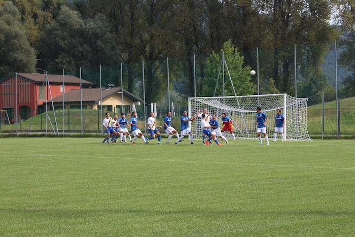 Luino-Maccagno soffre e diverte, bell'esordio contro la Guanzatese (0-0). L'incasso ai terremotati