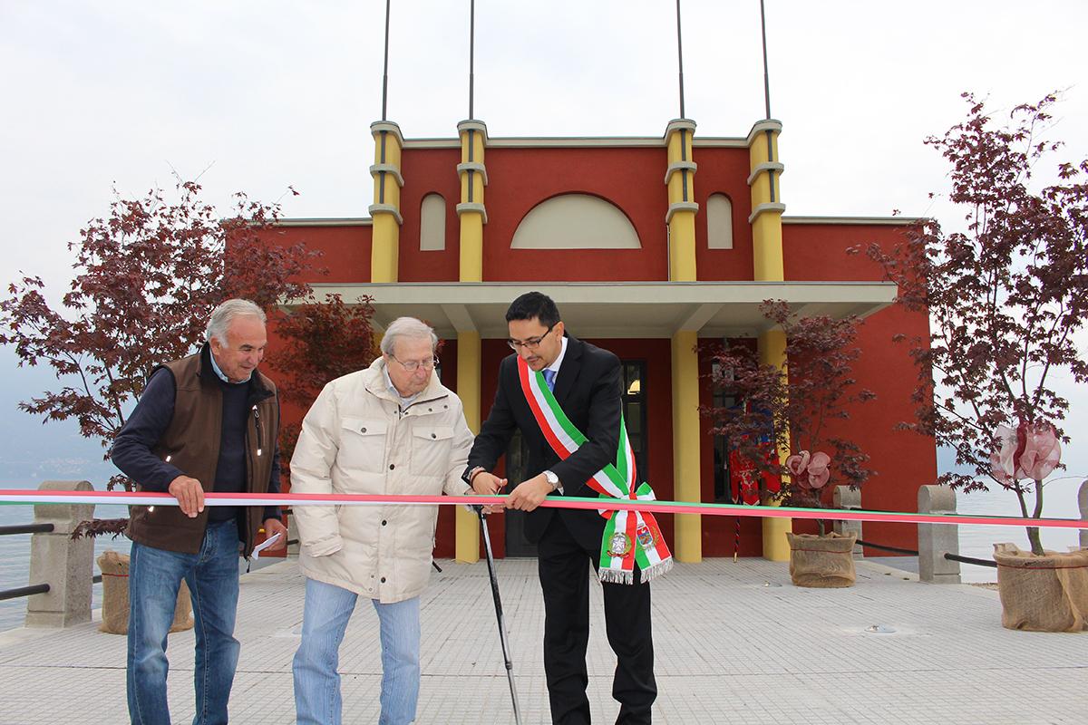 ll taglio del nastro per l'inaugurazione dell'ex Colonia elioterapica di Germignaga