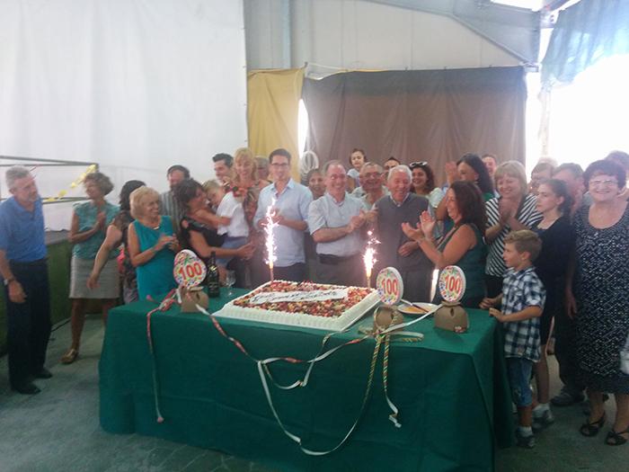 """Brezzo di Bedero, tanti auguri a Raimondo Xausa per i suoi centun'anni di """"giovinezza"""". Il racconto di una vita"""