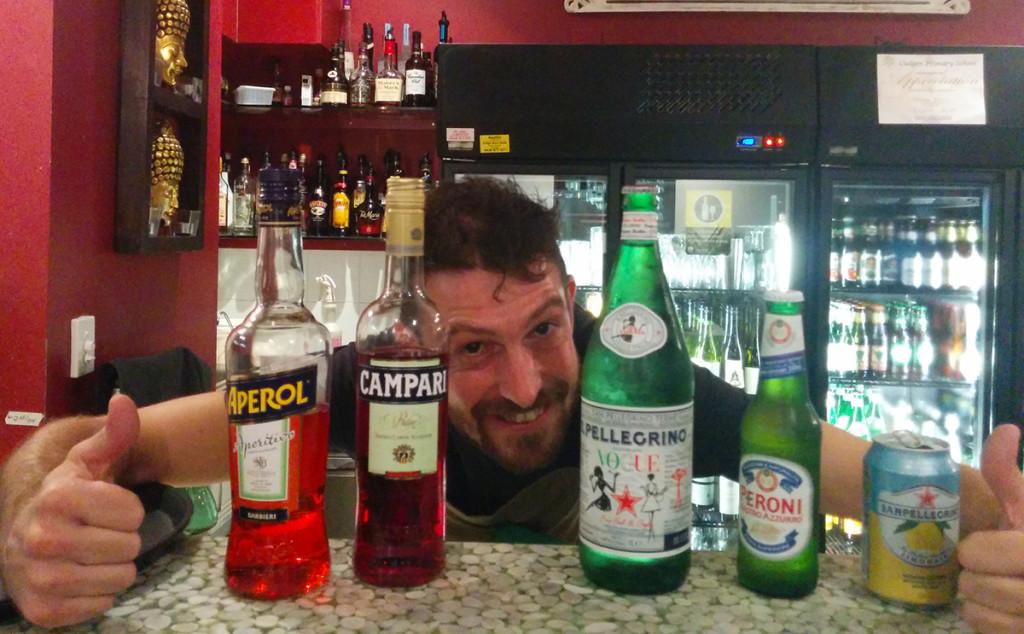 """""""Luinesi all'estero"""": Wilmer Turconi in Australia è manager di un ristorante Thailandese"""