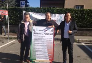 I consiglieri Vittorio Sarchi e Pietro Agostinelli, con l'avvocato Gian Piero Maccapani, Segretario Nazionale del M.I.N.
