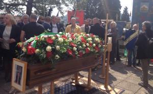 """Montegrino, l'ultimo saluto della comunità a """"Marietto"""" Prato"""