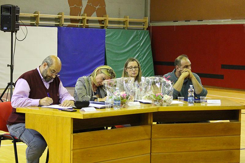 Lavena Ponte Tresa, grande partecipazione dei cittadini al primo consiglio. Ecco la nuova giunta, Roncoroni lascia