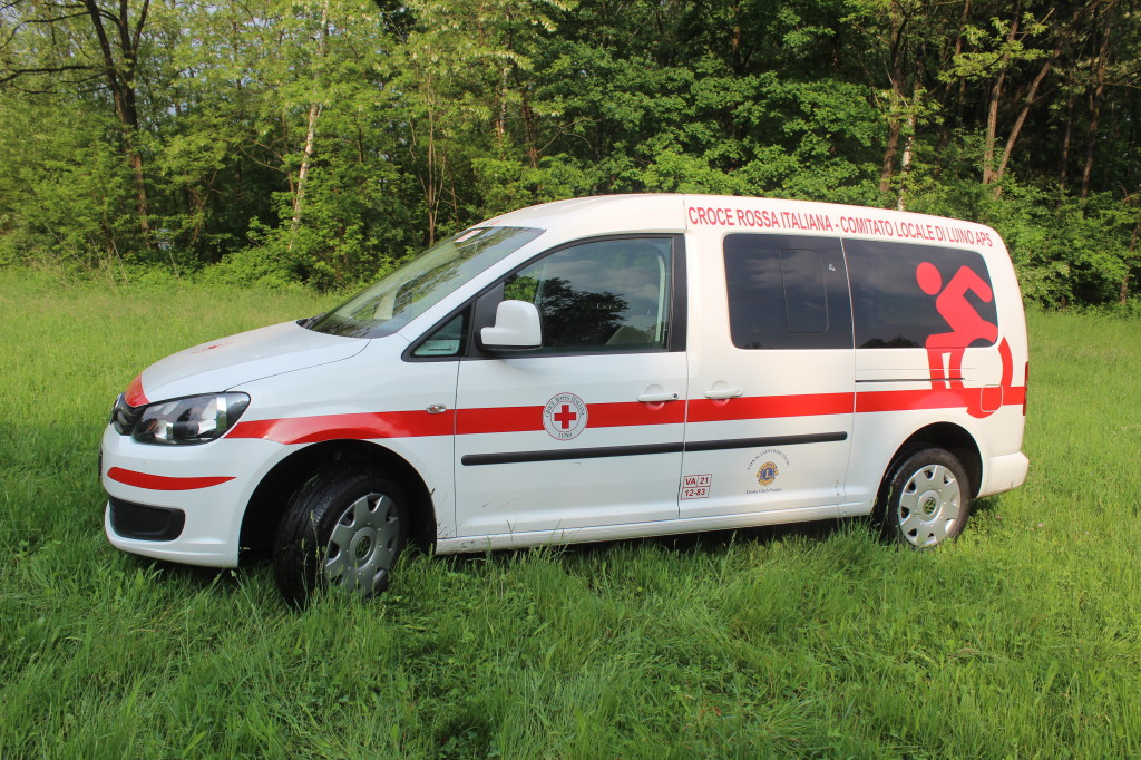 Luino, Croce Rossa: dal primo maggio operativo il nuovo pulmino per il trasporto delle persone diversamente abili