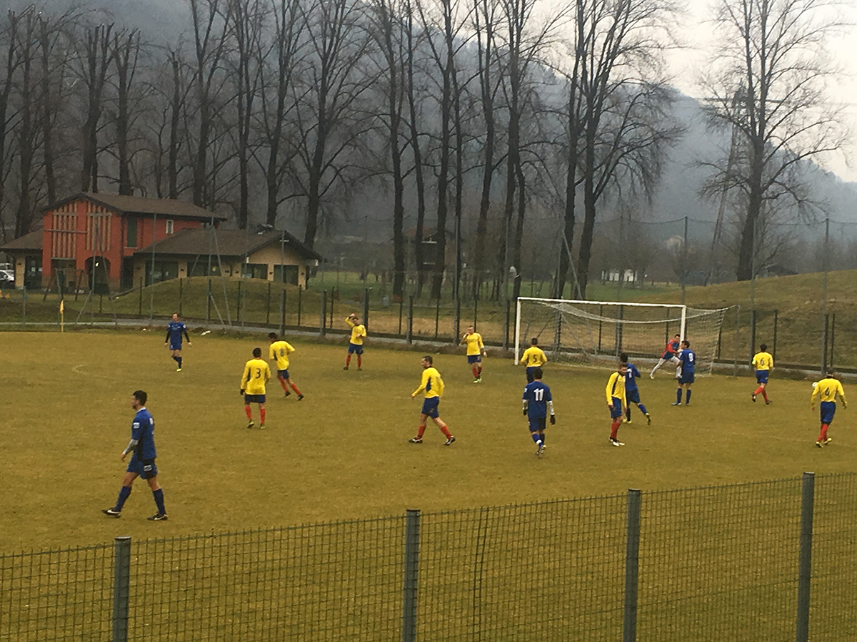 E' Vecchietti a salvare il Luino-Maccagno: con l'Insubria Calcio finisce 0-0