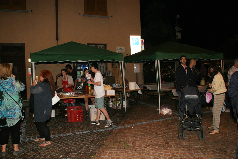 """Le foto della """"Notte Bianca"""" di Lavena Ponte Tresa (Foto © PP)"""