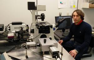 """""""Luinesi all'estero"""": in Massachusetts Nicholas Vecchietti studia l'HIV"""
