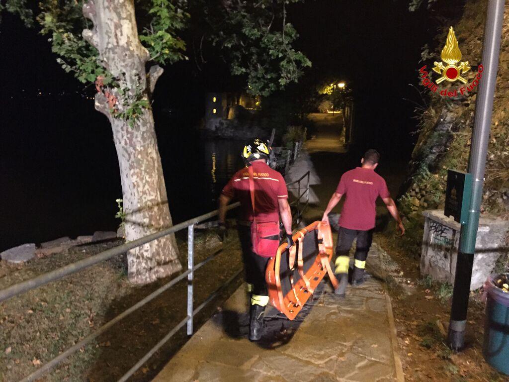 Cade da 4 metri alle Fornaci di Caldè, 34enne in codice giallo al Circolo di Varese