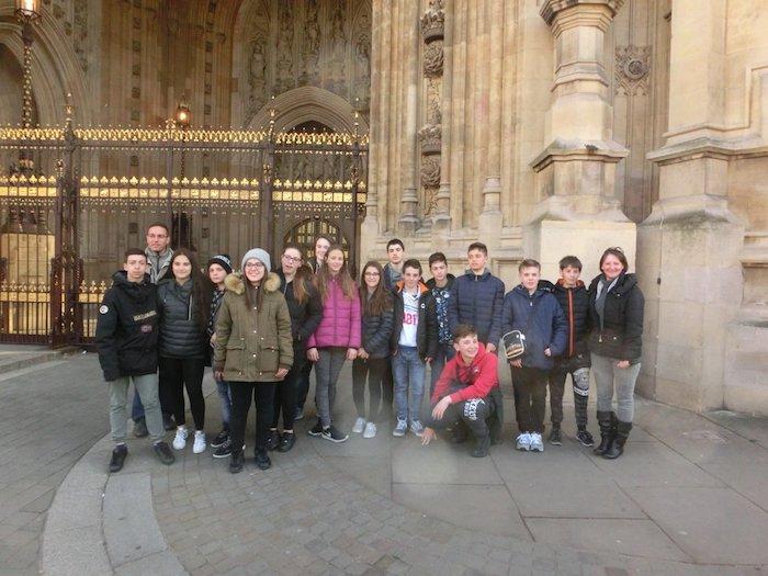 La Canottieri Luino protagonista a Londra, una bella esperienza per 15 studenti tresiani