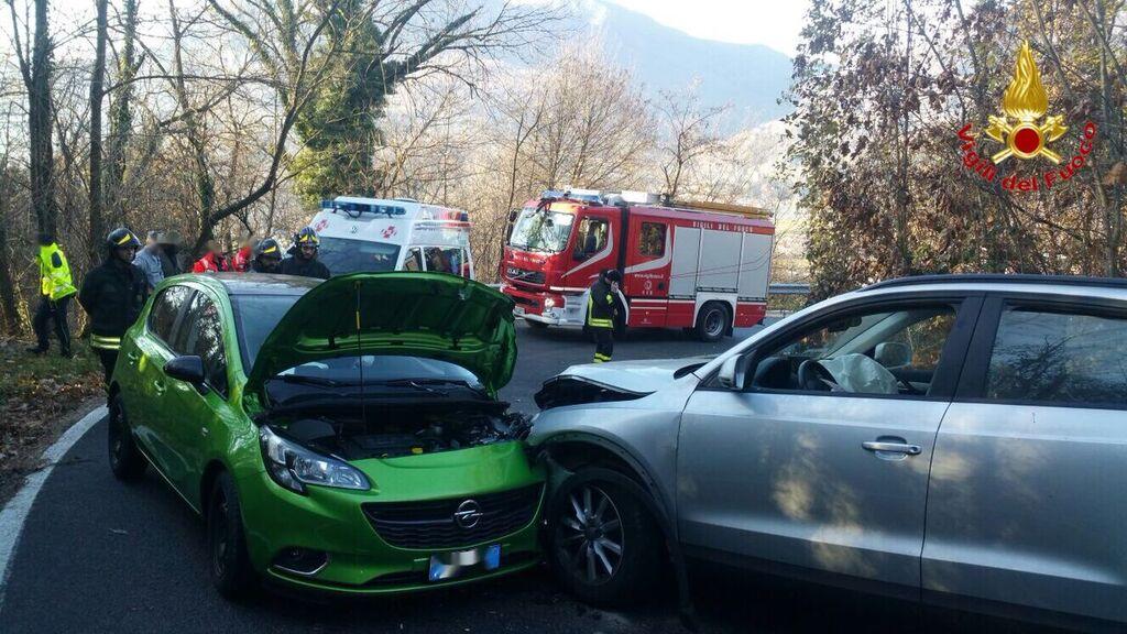 Montegrino: incidente frontale tra due automobili, coinvolte due persone