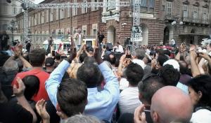 Beppe Grillo, ieri a Torino durante la campagna elettorale (twitter.com)