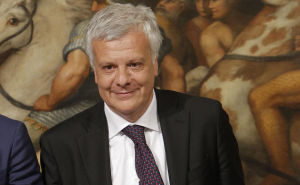 Il ministro dell'Ambiente, Gian Luca Galletti (avvenire.it)