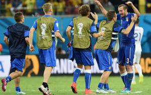 L'esultanza a fine partita dei giocatori dell'Italia, dopo la vittoria sull'Inghilterra (google.com)
