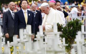 Papa Francesco in visita a Seul (blitzquotidiano.it)