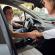 Recarsi a lavoro tramite il carpooling fa risparmiare ben 1300 euro l'anno e si limitano le emissioni di C02
