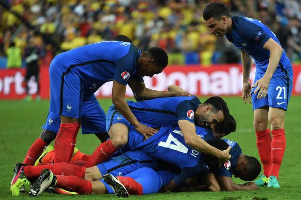 Euro 2016: la Francia delude ma batte 2-1 la Romania. Oggi tre partite, spicca Inghilterra-Russia