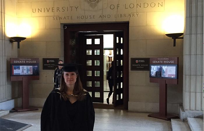 """""""Luinesi all'estero"""": Maria Giovanna Folci nell'Oxfordshire lavora per un brand di moda ed impegnata in un ospedale psichiatrico"""