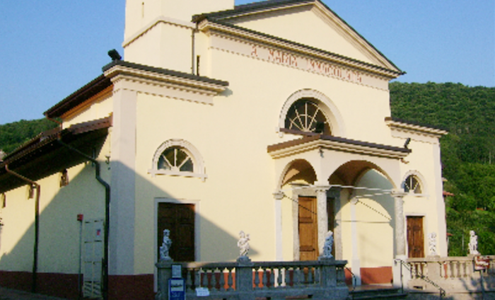 (Foto © parrocchia-motte-in-luino.webnode.it)