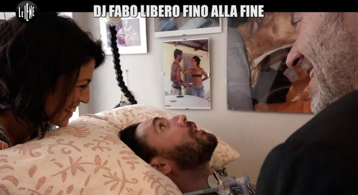 Dj Fabo in Svizzera per l'eutanasia, si sta sottoponendo alle visite mediche