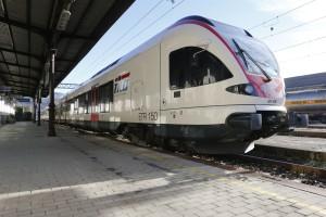 Il treno Ti.Lo. fermo alla stazione ferroviaria di Luino (tilo.ch)