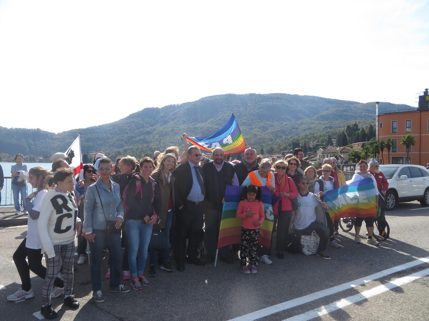 """Un grande successo per """"In Cammino per la Pace"""", il ponte di solidarietà tra Italia e Svizzera"""