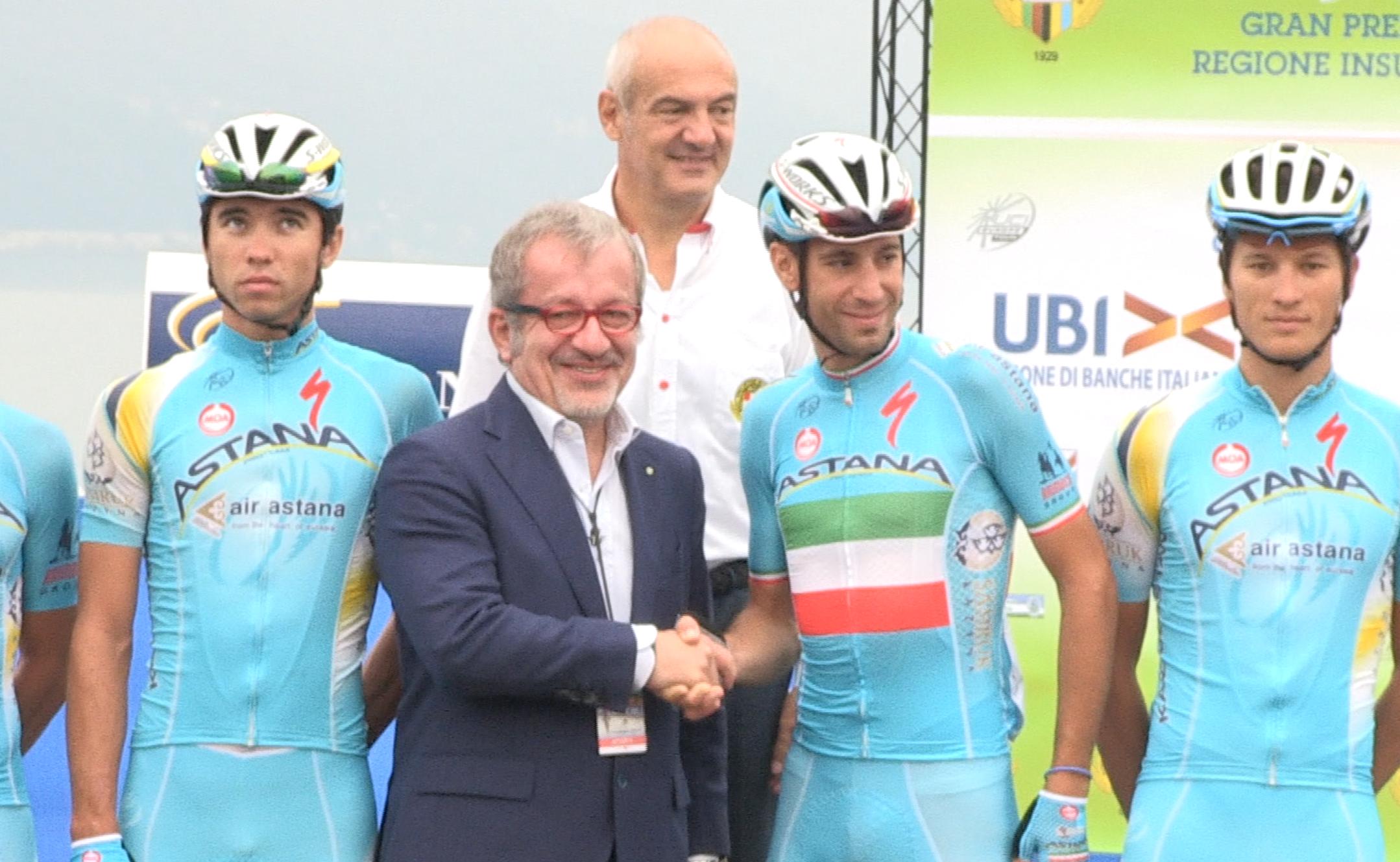 Vincenzo Nibali e Roberto Maroni