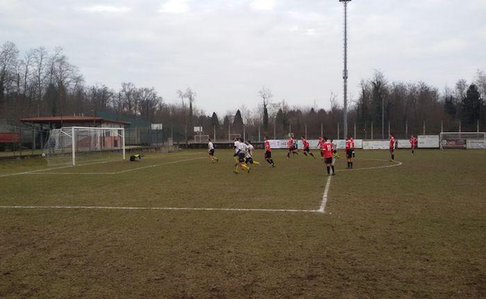 Il Luino-Maccagno sconfitto anche ad Arsago Serpio: finisce 3-1, Ancelliero su rigore