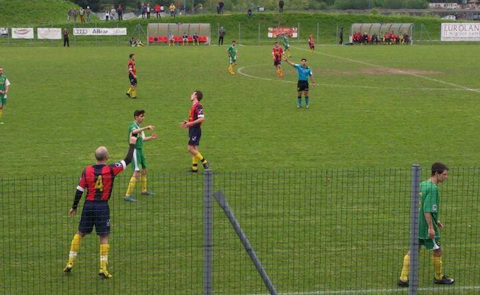 Diana e Castorino regalano al Luino-Maccagno il 2-2 contro la Solbiatese. Ora playout con la Gerenzanese