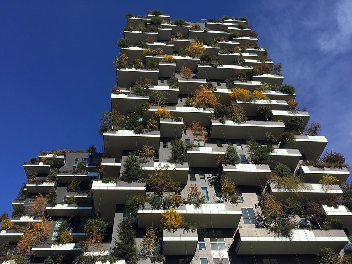 Lo stivale pensante milano batte new york il bosco for Appartamento grattacielo new york