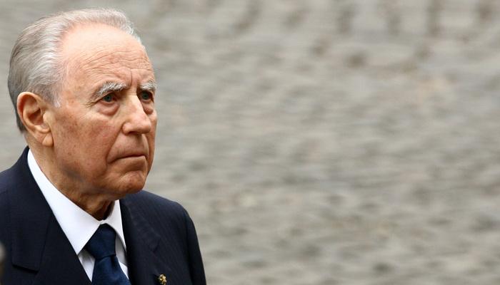 Carlo Azeglio Ciampi, in molti a San Saturnino per un ultimo saluto