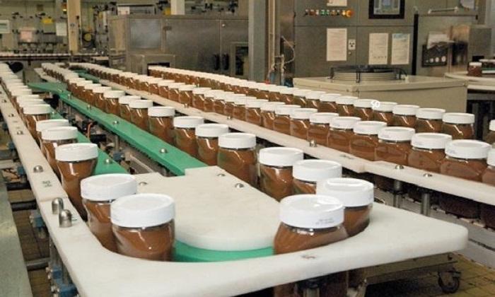 Ferrero, la fabbrica di Alba che produce dolcezze per il mondo