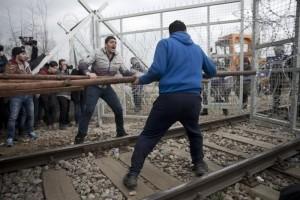 (ANSA/AP Photo/Petros Giannakouris)