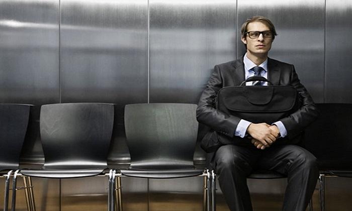 Colloquio di lavoro: dall'abbigliamento al profilo social, i dieci errori più frequenti