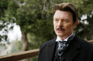 "David Bowie nei panni di Nikola Tesla in ""The Prestige"" di Christopher Nolan (bdtorino.eu)"