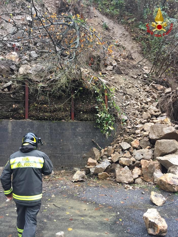 Maltempo: frana a Cadegliano, due famiglie evacuate dalle proprie case