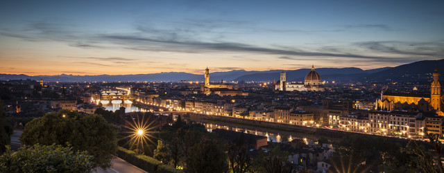 Firenze tra tramonto e notte, ecco alcuni straordinari scatti