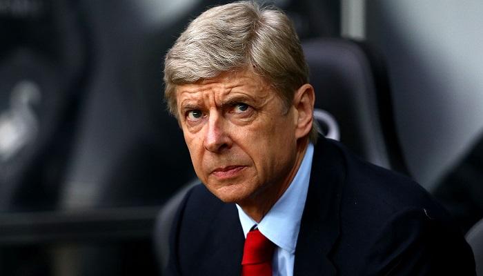 """Wenger: """"Il Pallone d'oro dà alla testa ai giocatori"""". Ventuno anni fa la beffa"""