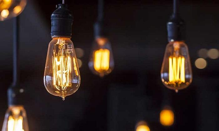 """Energia, da domani variazione prezzi: luce +2,9%. Unione Consumatori: """"Gentiloni faccia qualcosa"""""""