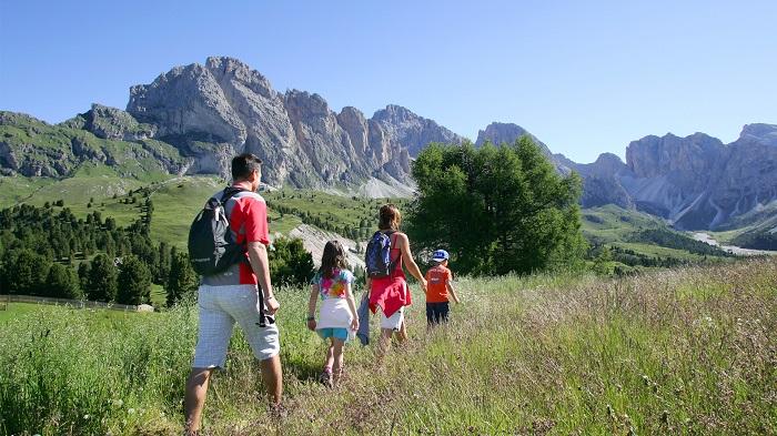 """Turismo: meno burocrazia ed incentivi fiscali per le """"vacanze all'aria aperta"""""""