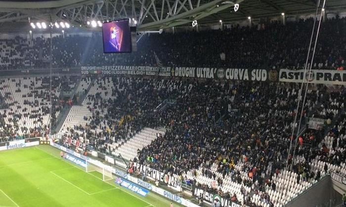 """Calcio, mafia e ultrà. Procura: """"La Juve non è parte lesa e non concorre nel reato"""""""
