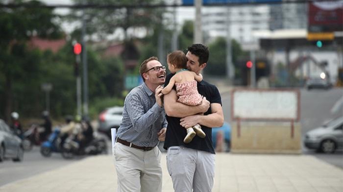 Adozione riconosciuta per una coppia gay, la prima volta in Italia