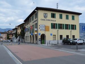 L'ufficio Postale di Gambarogno preso di mira dai ladri questa mattina (foto © Rescue Media)
